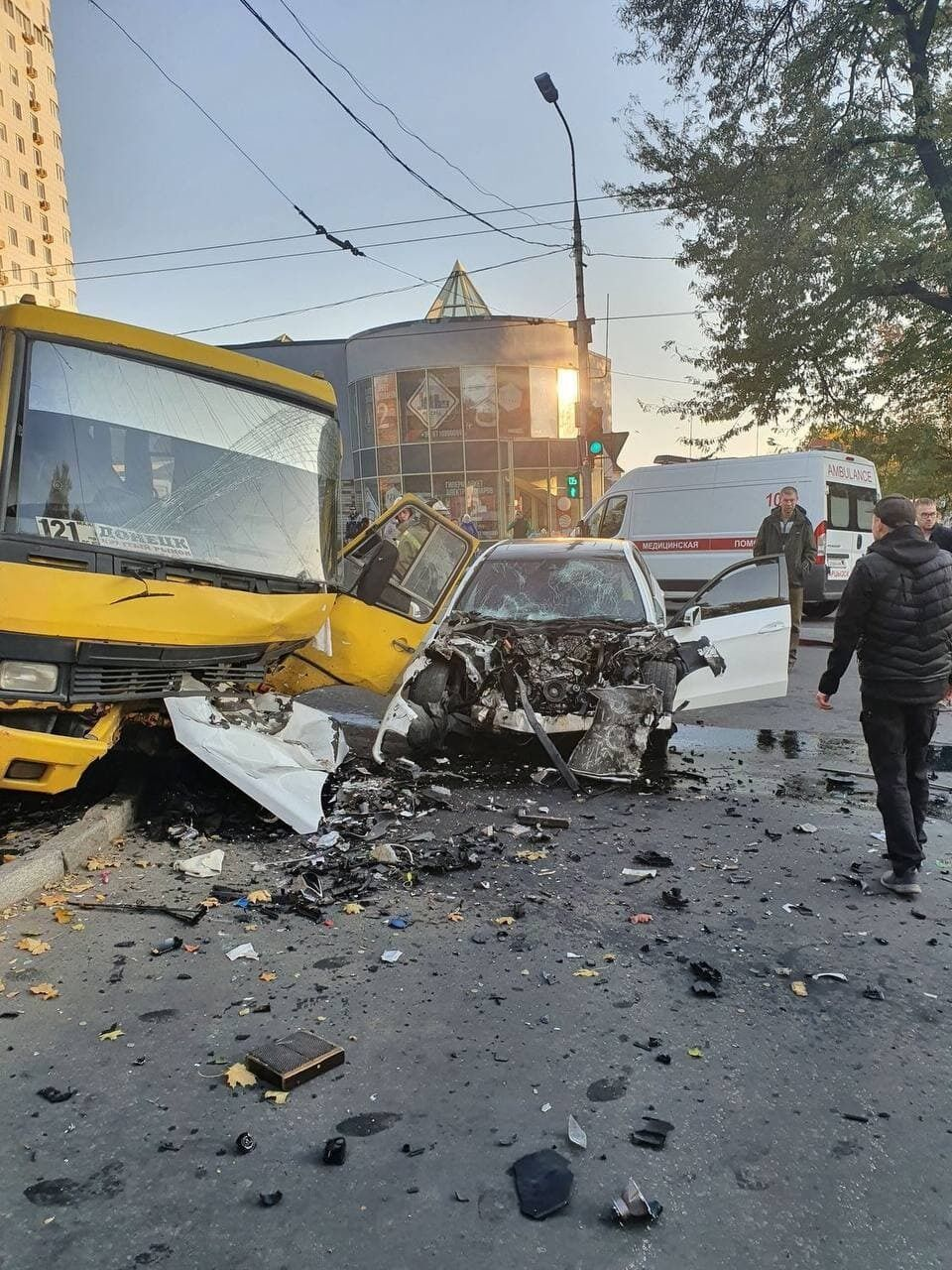 Авария произошла у больницы имени Калинина