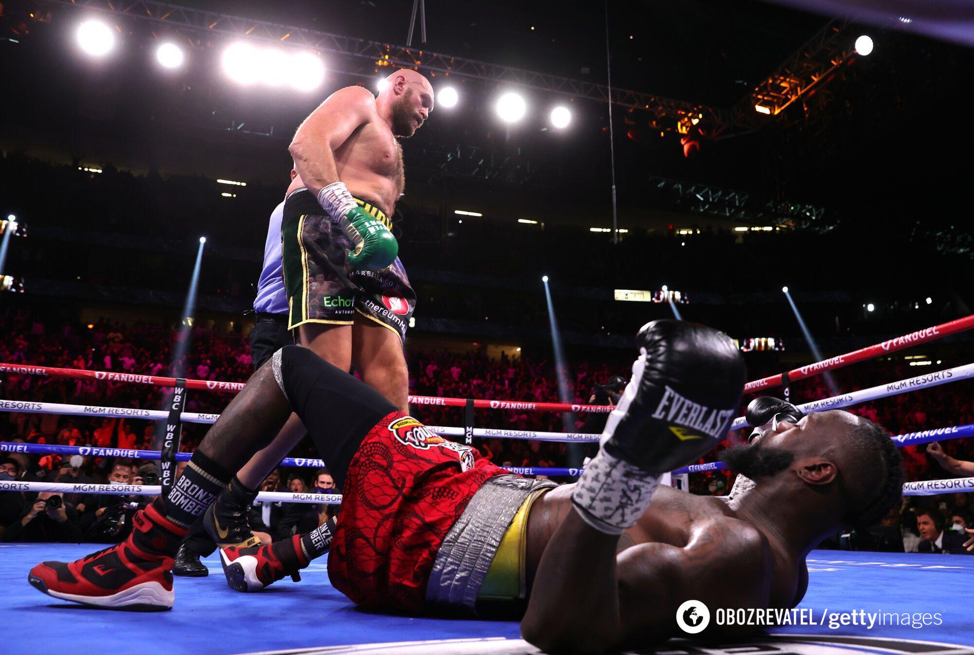 Уайлдер дважды падал в нокдаун.