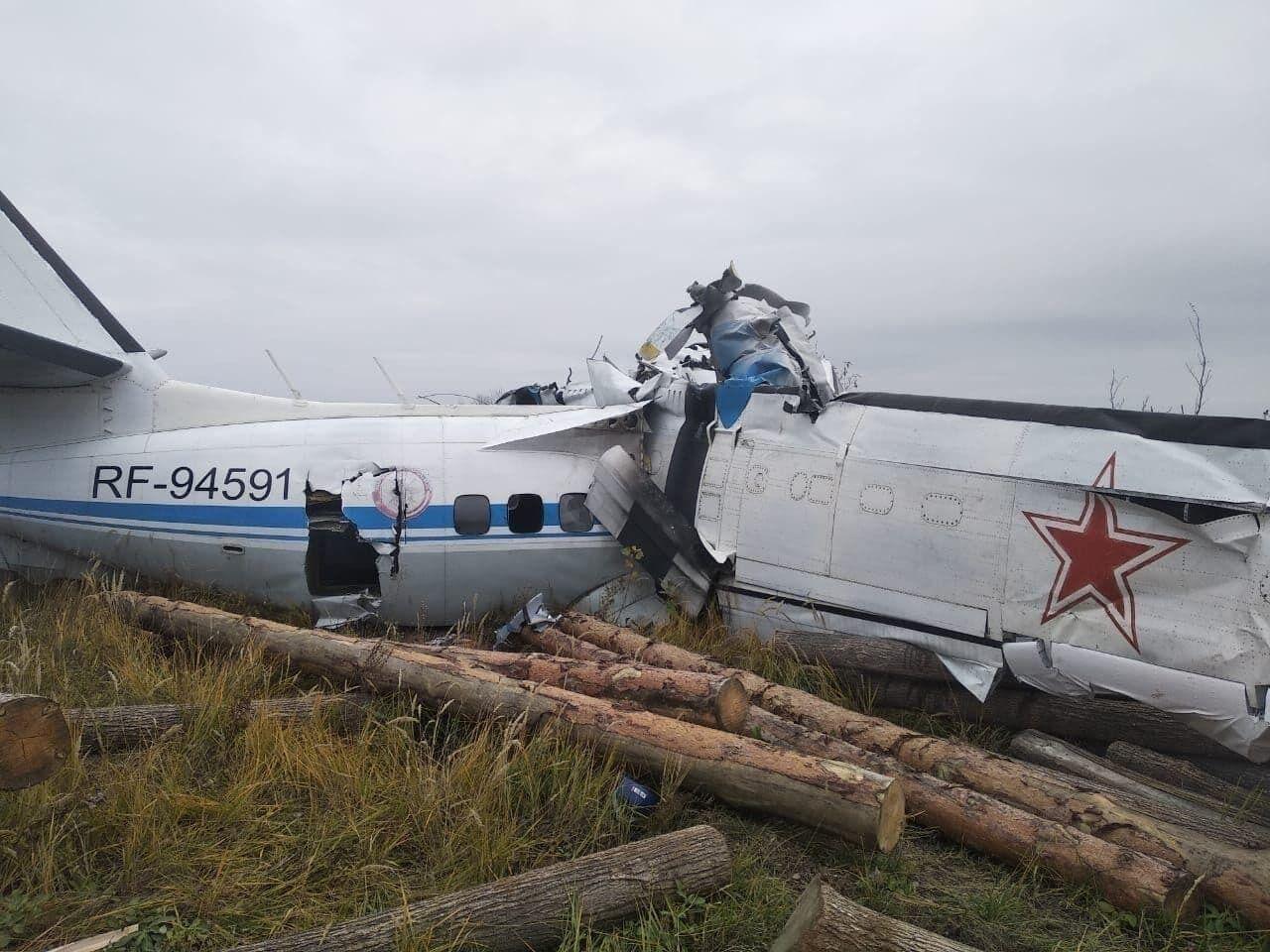 Фюзеляж L-410 зруйнувався