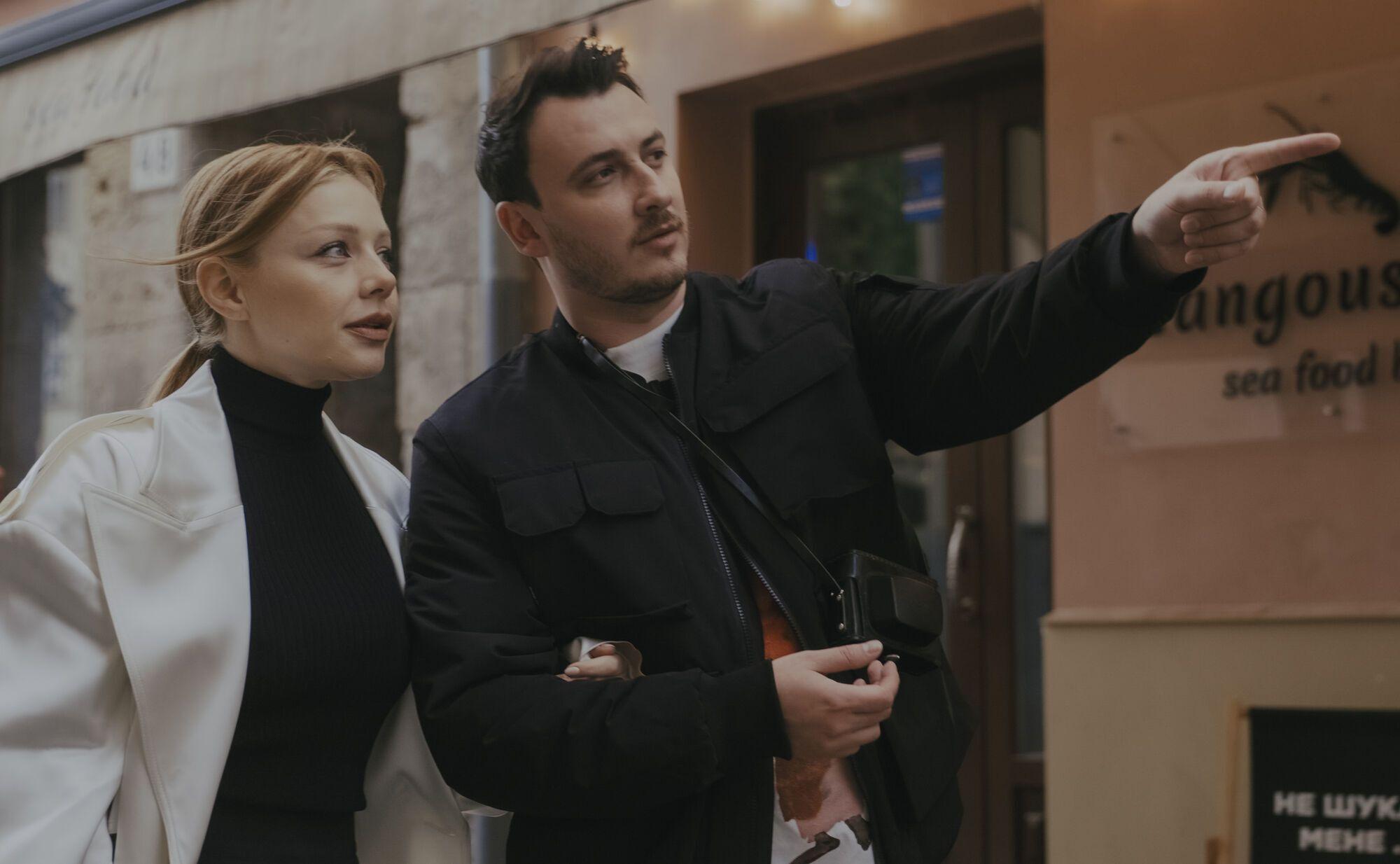 Тина и Иван прогулялись колоритными уличками