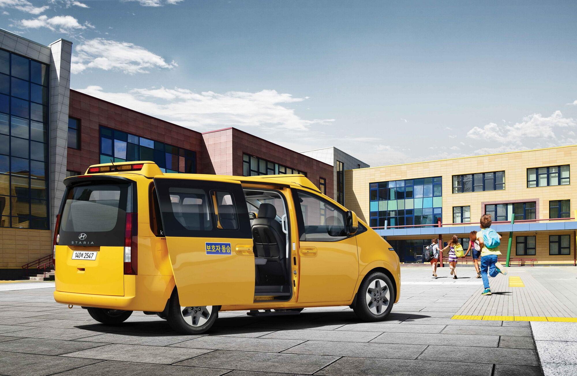 Hyundai Staria Kinder оснащается 3,5-литровым 240-сильным V6, работающим на сниженном газе