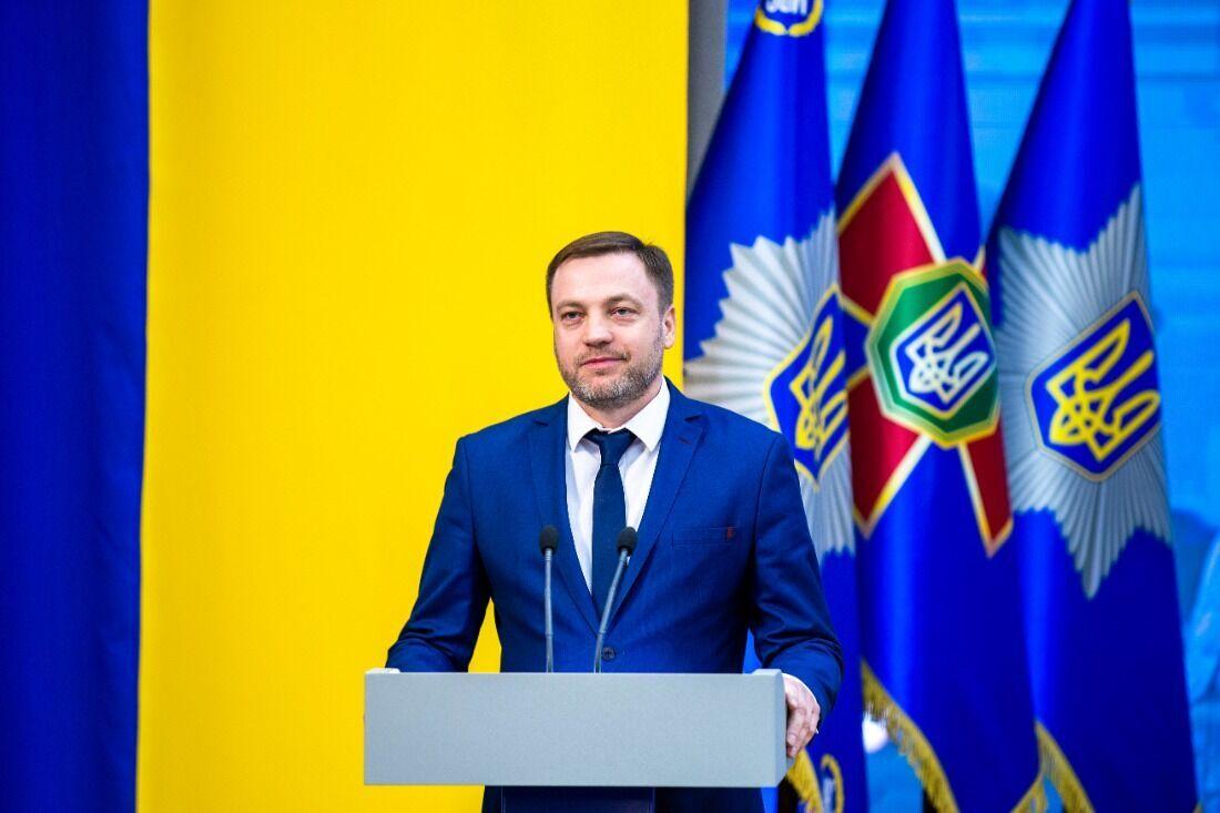 Монастырский наградил украинских военных