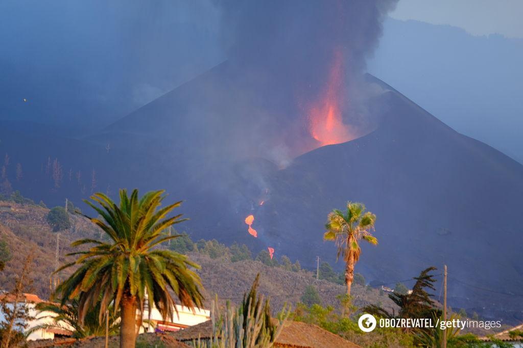 Виверження вулкана Кумбре-В'єха