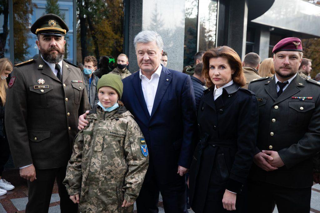 Кроме Порошенко в церемониале приняли участие ветераны АТО / ООС и общественные активисты