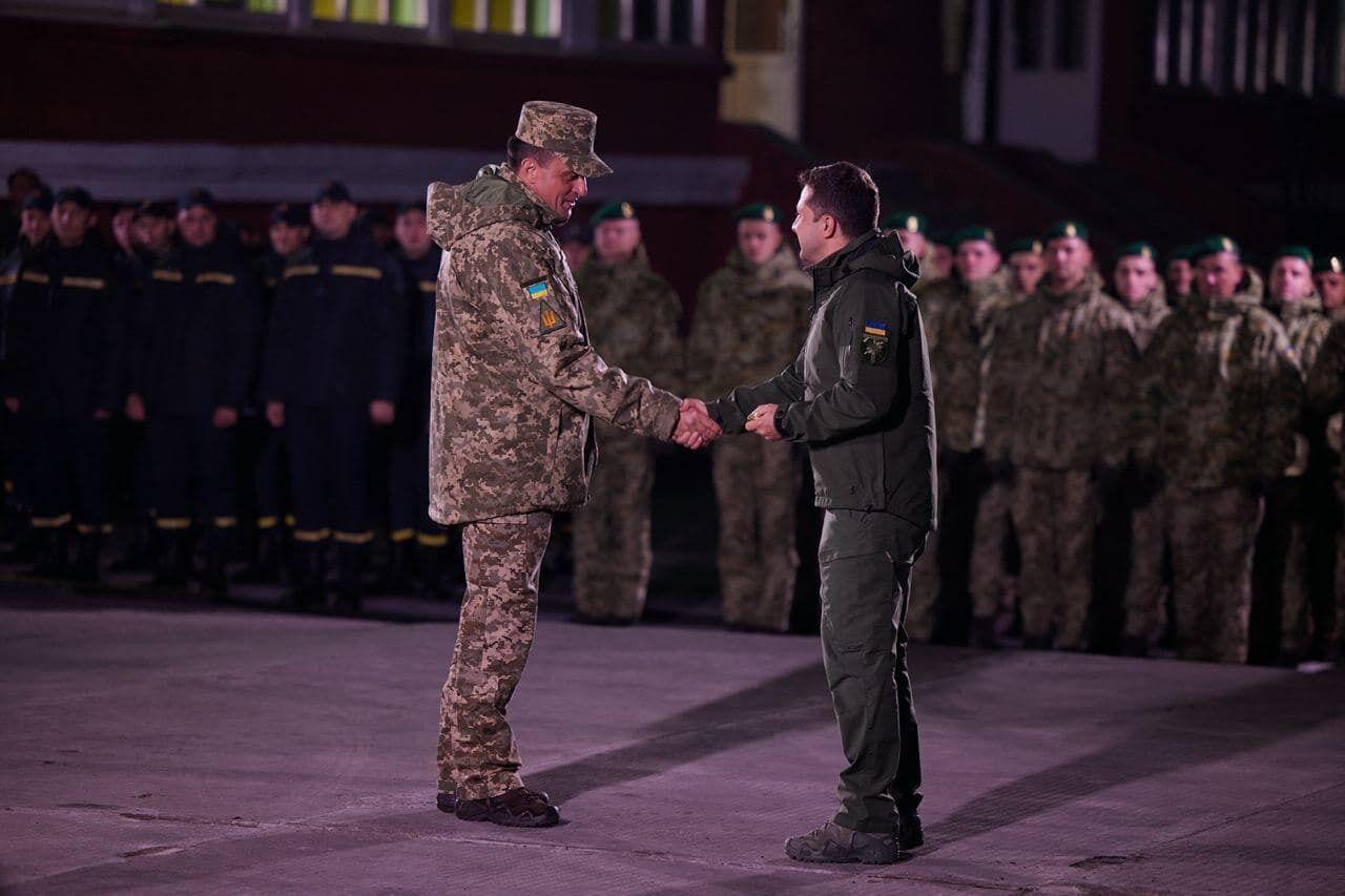 Зеленський привітав українських військовослужбовців