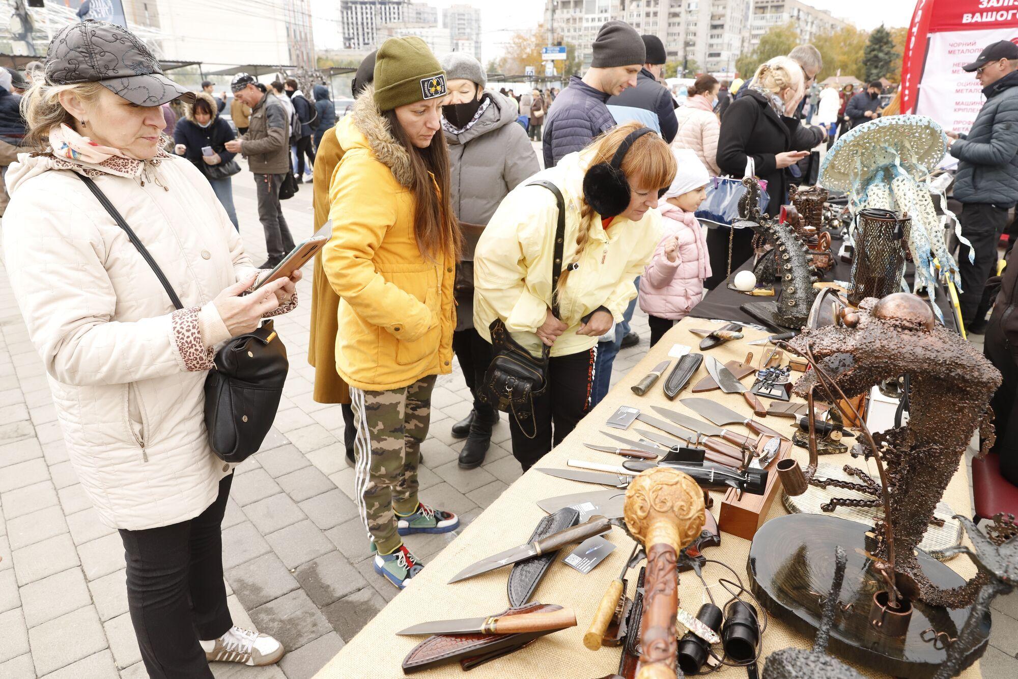"""В Днепре стартовал фестиваль кузнечного искусства """"Кoval fest"""""""
