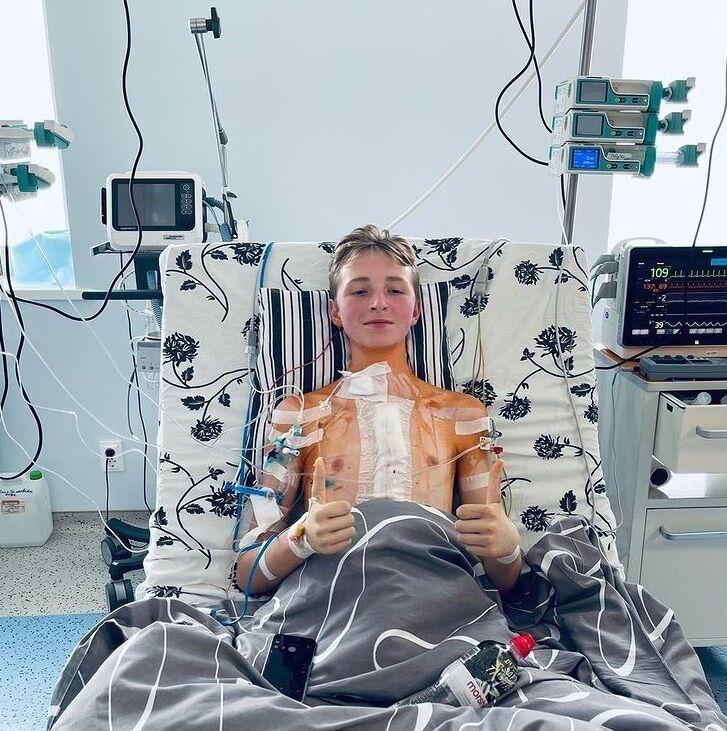Максим після операції.
