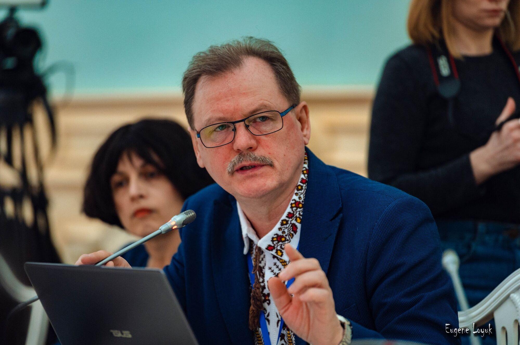 Освітній омбудсмен пояснив, чому в Україні кожного року дефіцит підручників.