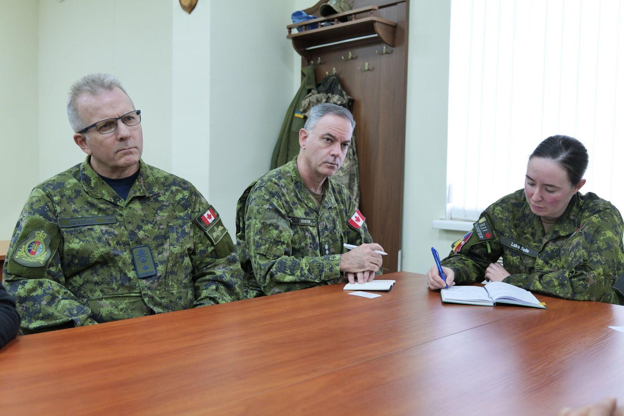 Канадського колегу поінформували про поточну воєнну ситуацію навколо України.