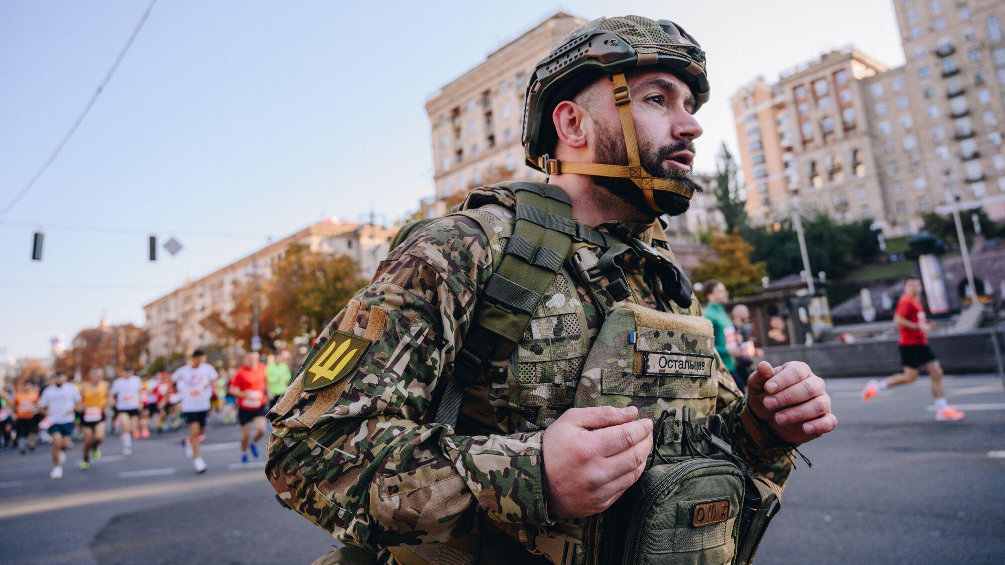 Остальцев присвятив забіг своєму загиблому другові Олексію Буслаєву
