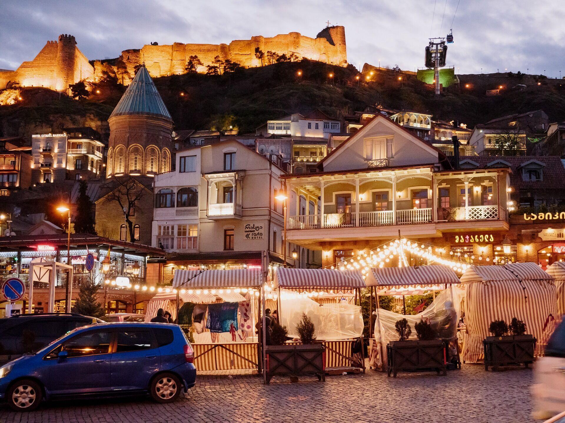 Ночные улицы Тбилиси.