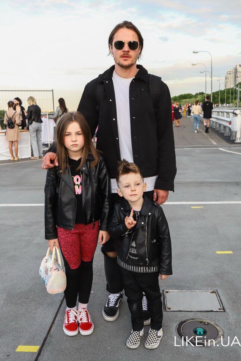 Женя Галич со своими детьми