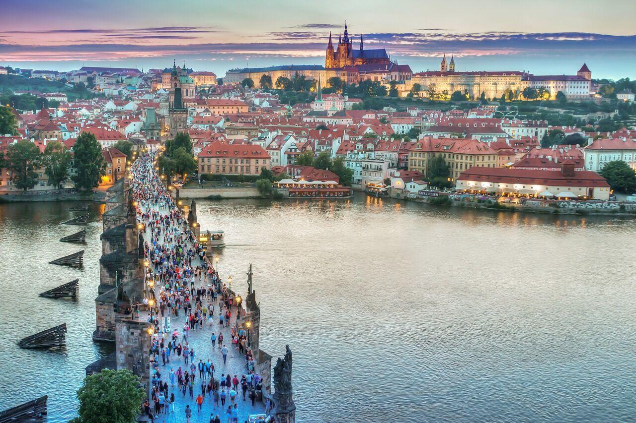 Туристы посещают несколько городов подряд