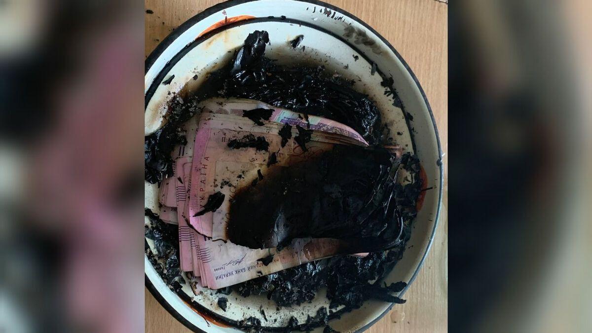 Жительница Днепра сожгла почти 100 тысяч гривен.