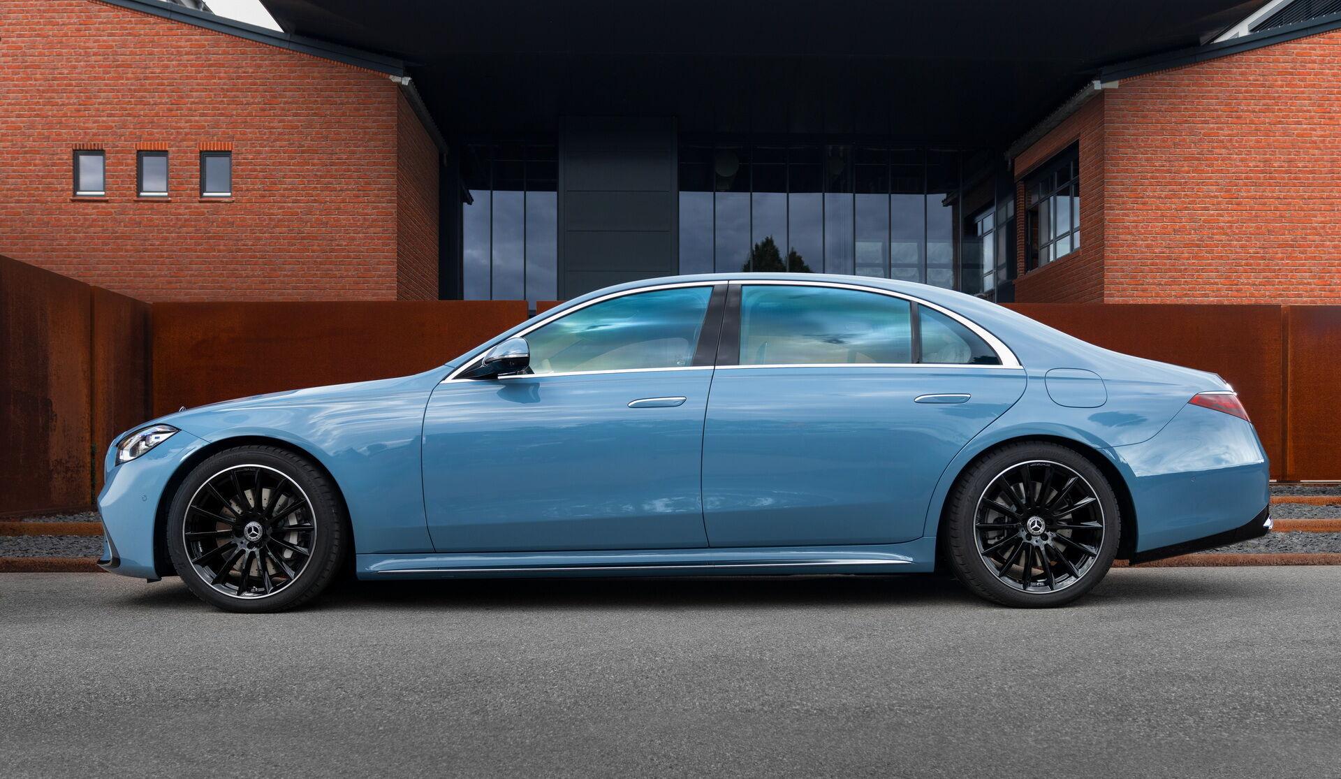 Сделать свой автомобиль уникальным смогут покупатели Mercedes-Benz CLS и S-Class, Mercedes-AMG GT, а также Mercedes-Maybach S-Class