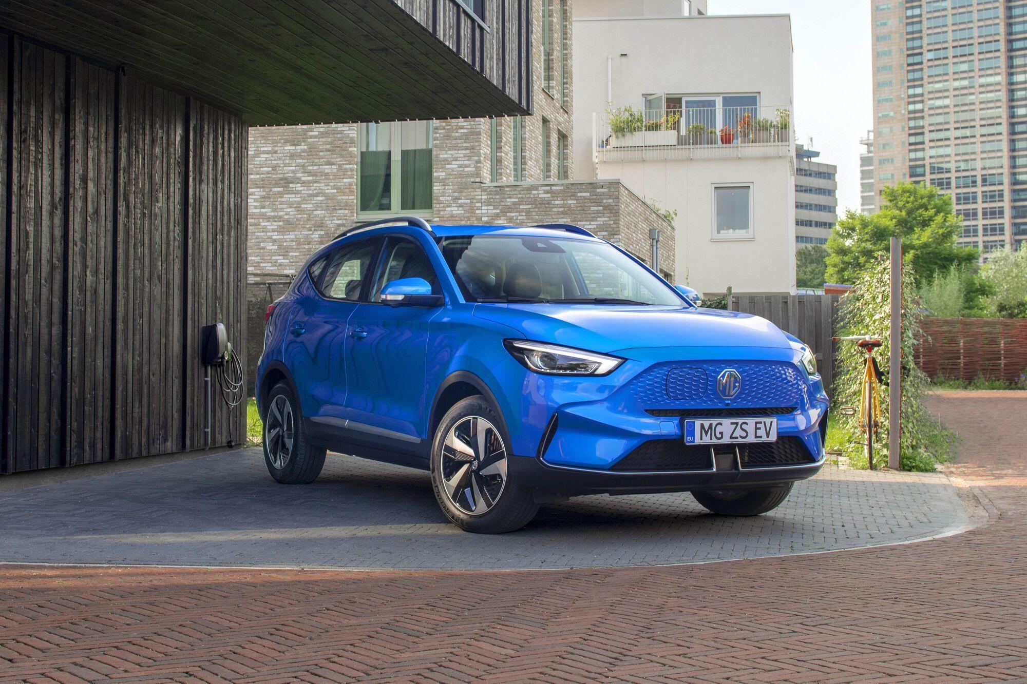 ZS EV является самым продаваемым электромобилем марки MG и входит в десятку самых продаваемых электрокаров в Великобритании