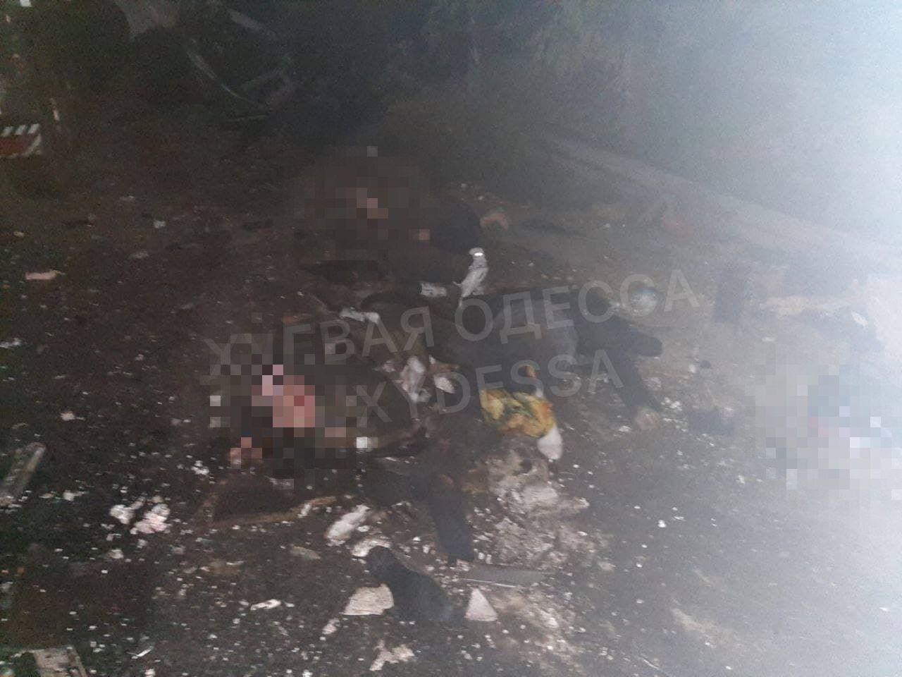 В ДТП под Одессой погибли два человека.