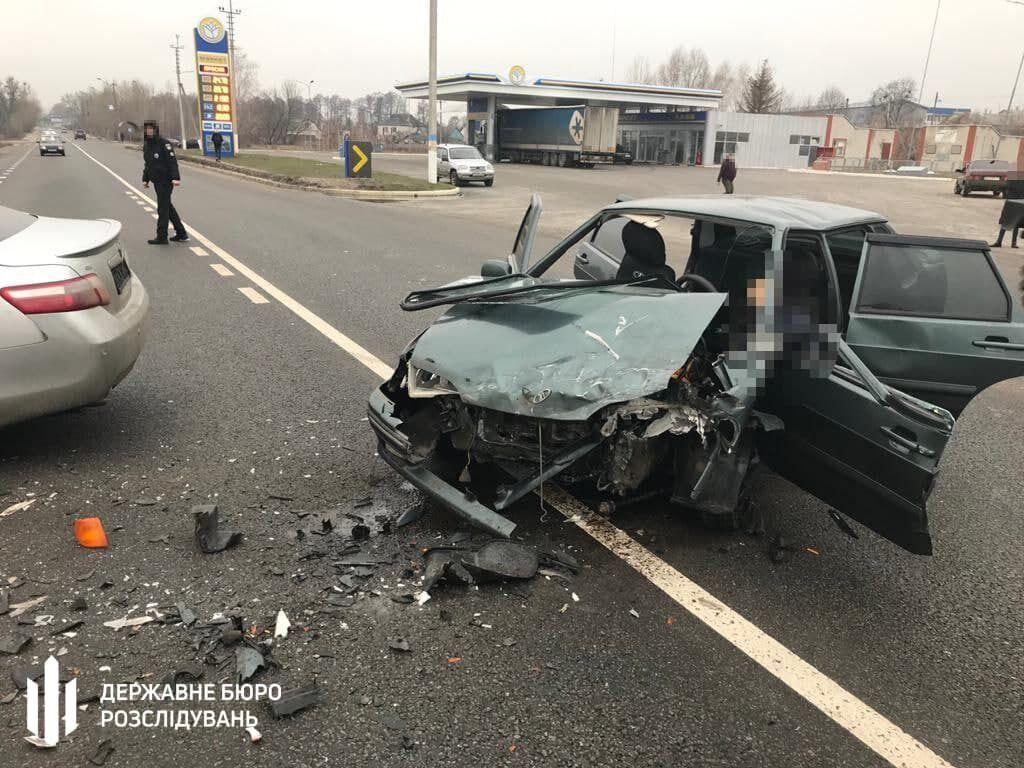 Toyota Camry зіткнулася з легковиком ВАЗ 2115