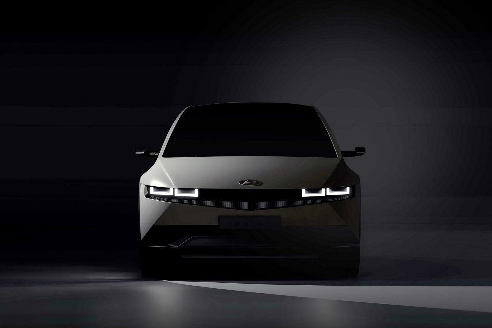 Huindai готовится к мировой презентации нового электромобиля, который увидет свет под суббрендом Ioniq