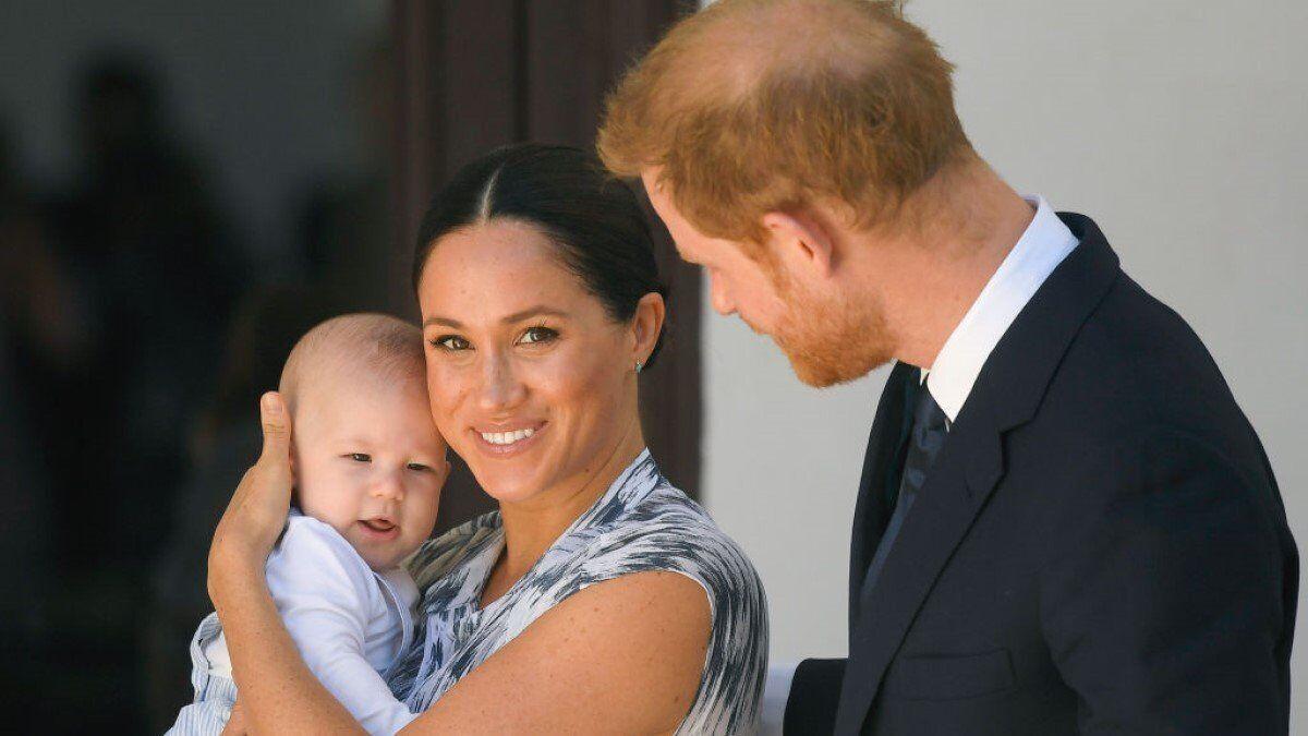 Меган Маркл із чоловіком принцом Гаррі та сином Арчі
