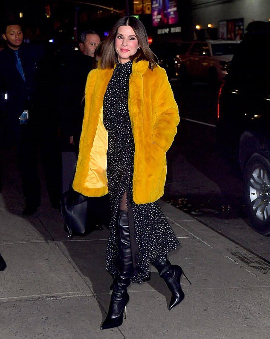 Сандра Буллок появилась на публике в платье украинского дизайнера.