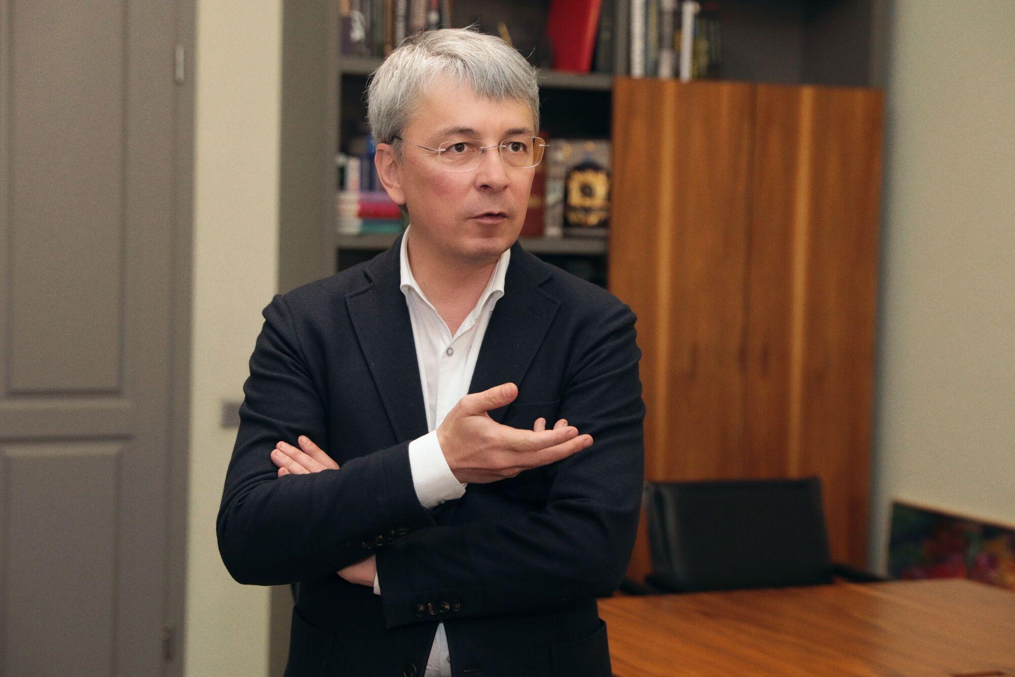 Александр Ткаченко, министр культуры и информационной политики.