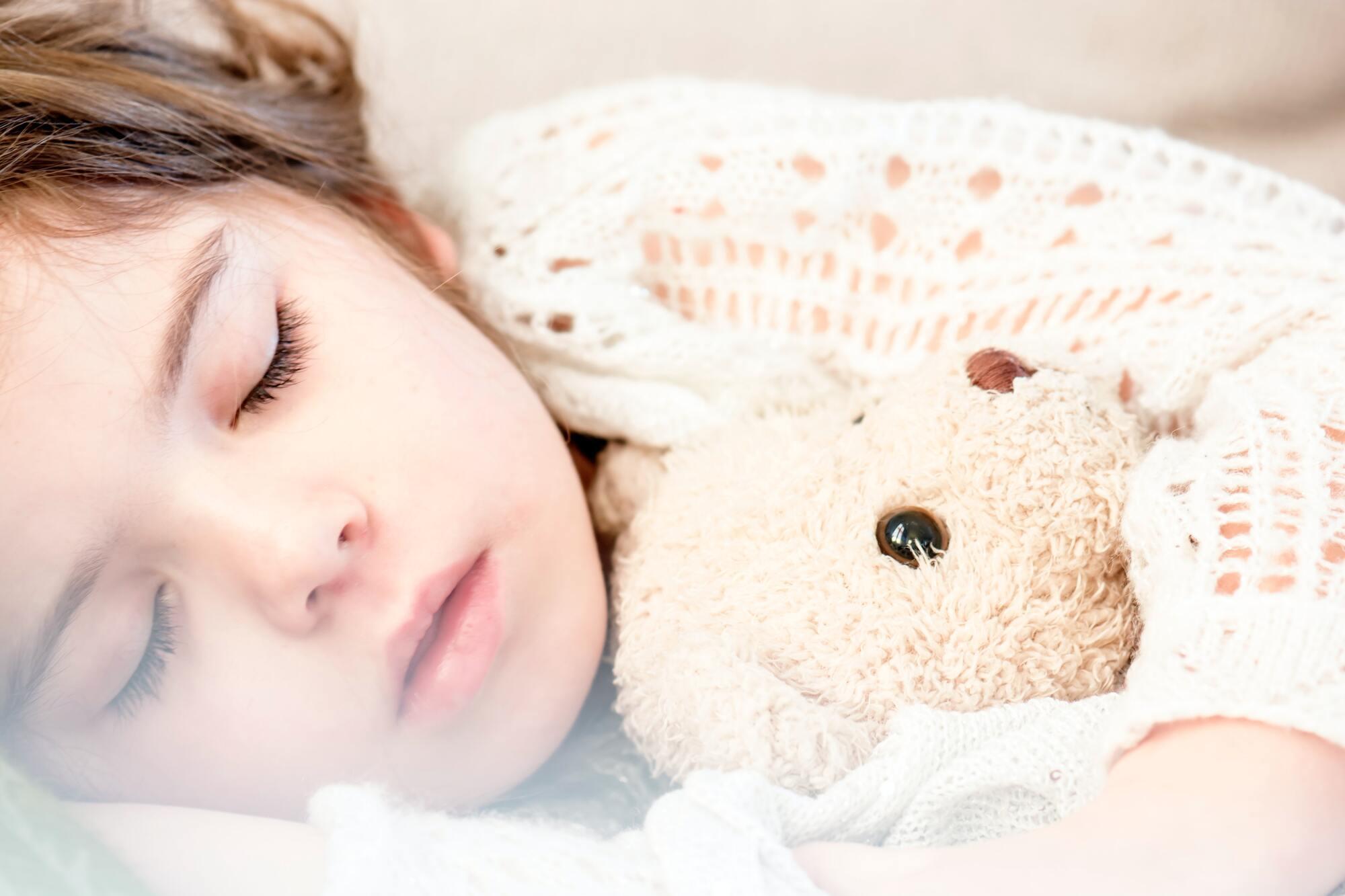 Дневные часы сна важны для правильного развития детей.