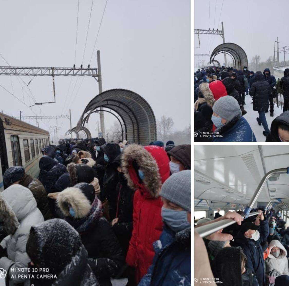 Толпы людей на станции городской электрички