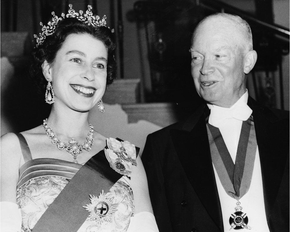 королева Елизавета и Дуайт Эйзенхауэр