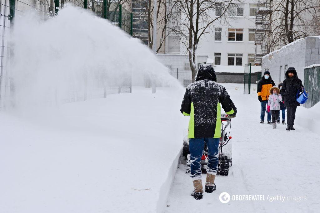 У деяких регіонах висота снігу досягла 40 см