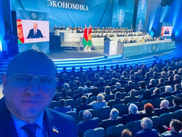 """""""Слуга"""" приїхав у Мінськ на збори до Лукашенка"""