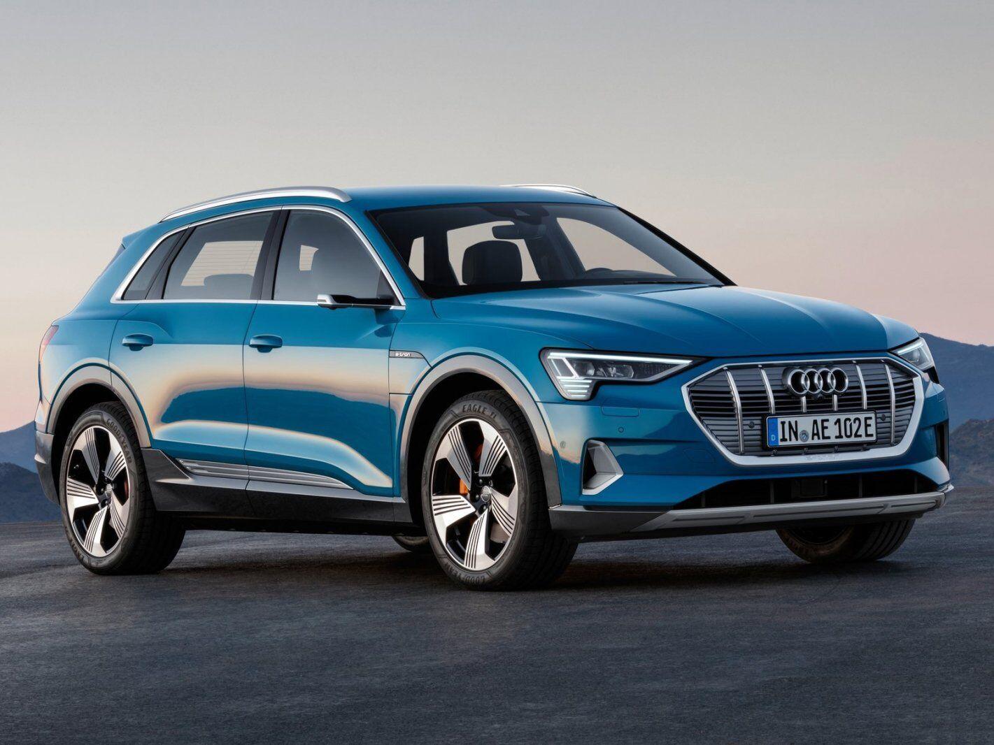 Серійний Audi e-tron quattro