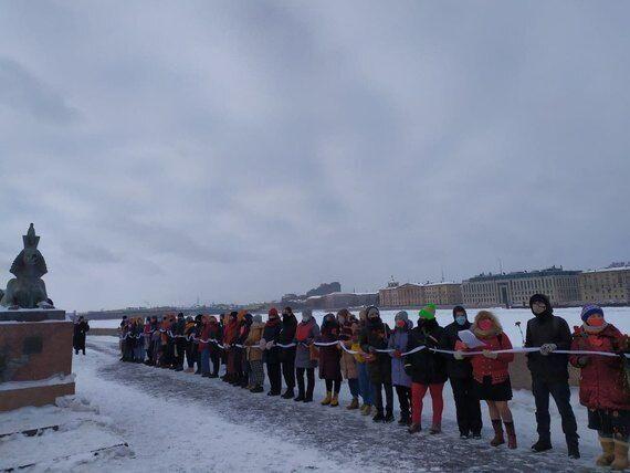 Цепь солидарности в Петербурге