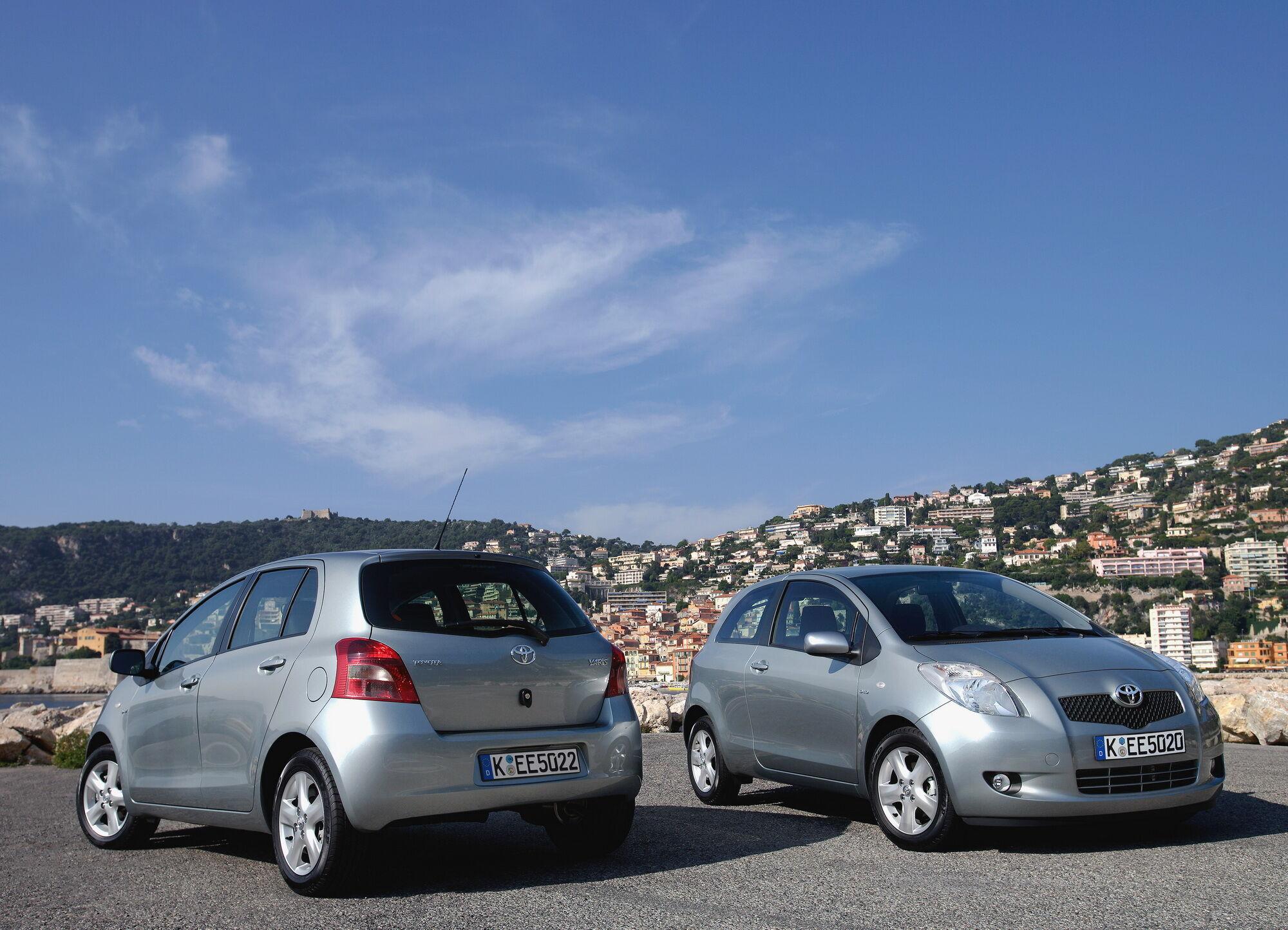 Toyota Yaris недорого стоит на вторичном рынке и отличается высокой надежностью