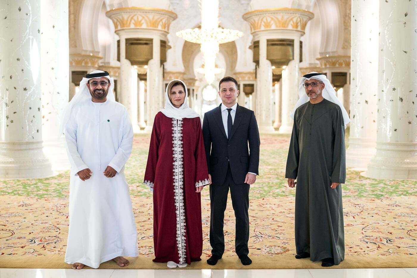 Елена и Владимир Зеленские в мечети, ОАЭ