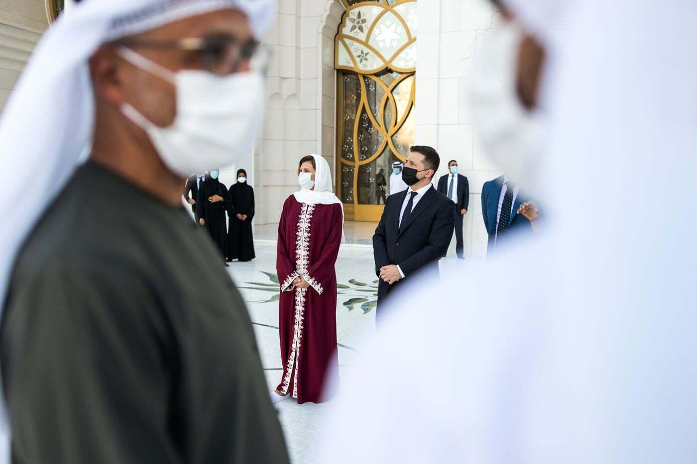 Елена Зеленская посетила мечеть в ОАЭ