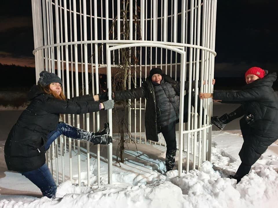Савченко в клетке