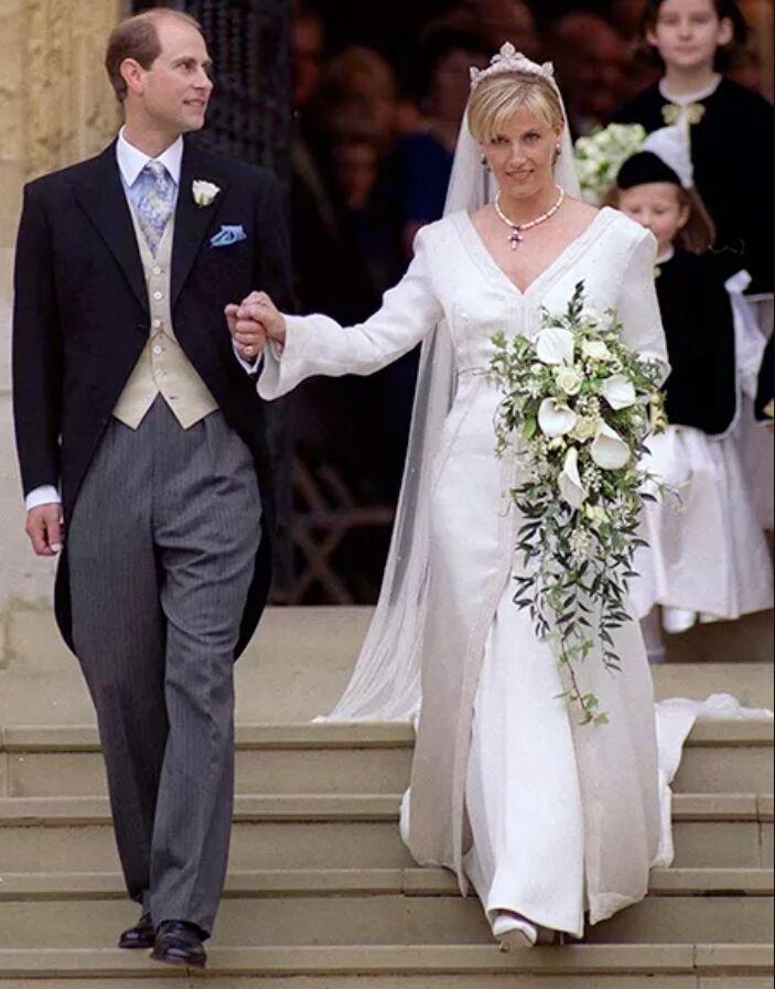 Свадьба принца Эдварда и Софи Риз-Джонс в 1999 году в Виндзорском замке