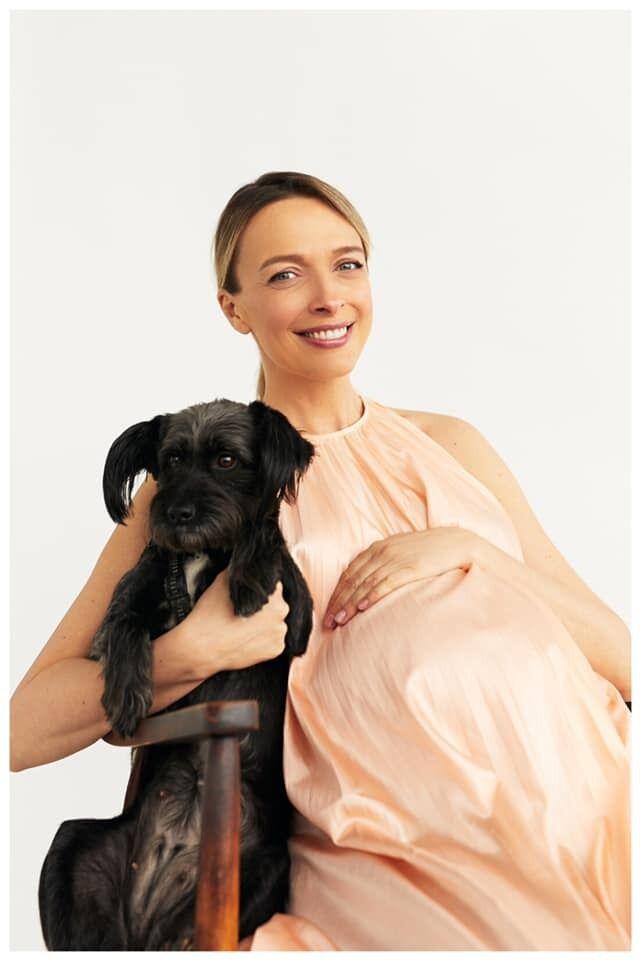 Фролова зі своєю собакою Лізою