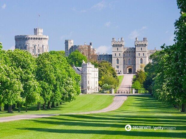 Самый потенциально населенный замок в мире
