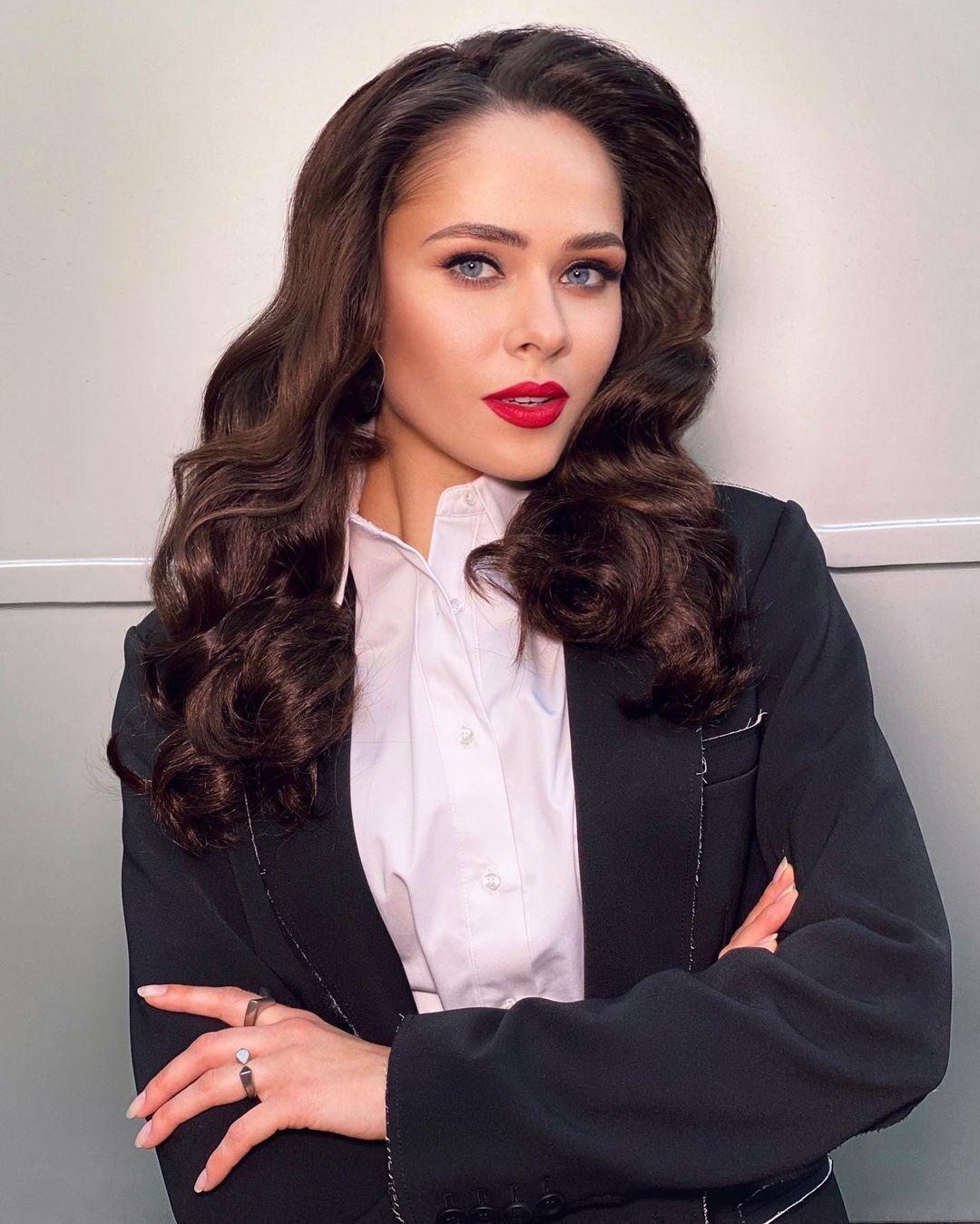 Юлия Санина раньше горела журналистикой.