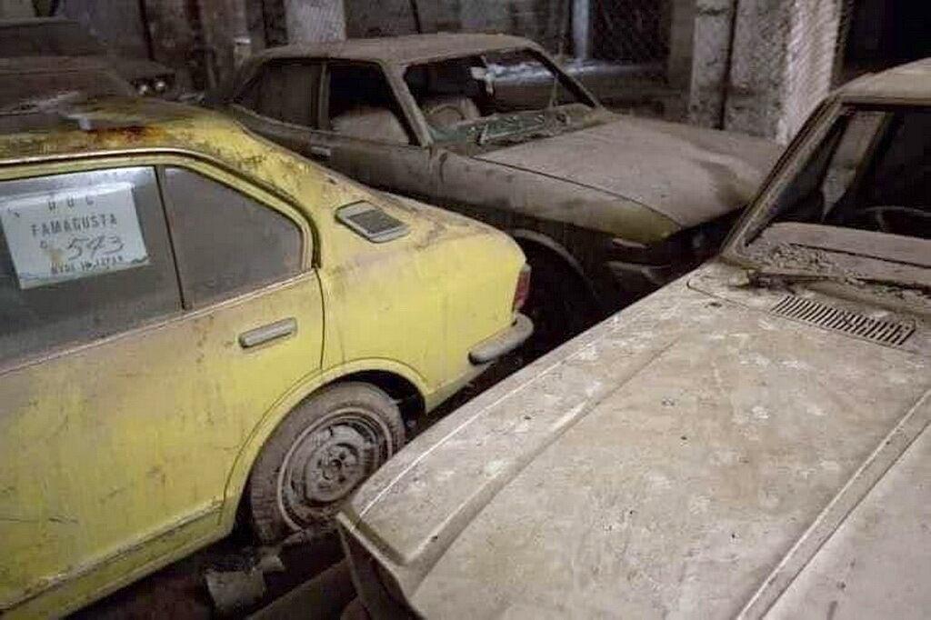 Японские автомобили стоят без движения 45 лет и ждут своего часа и реставрации
