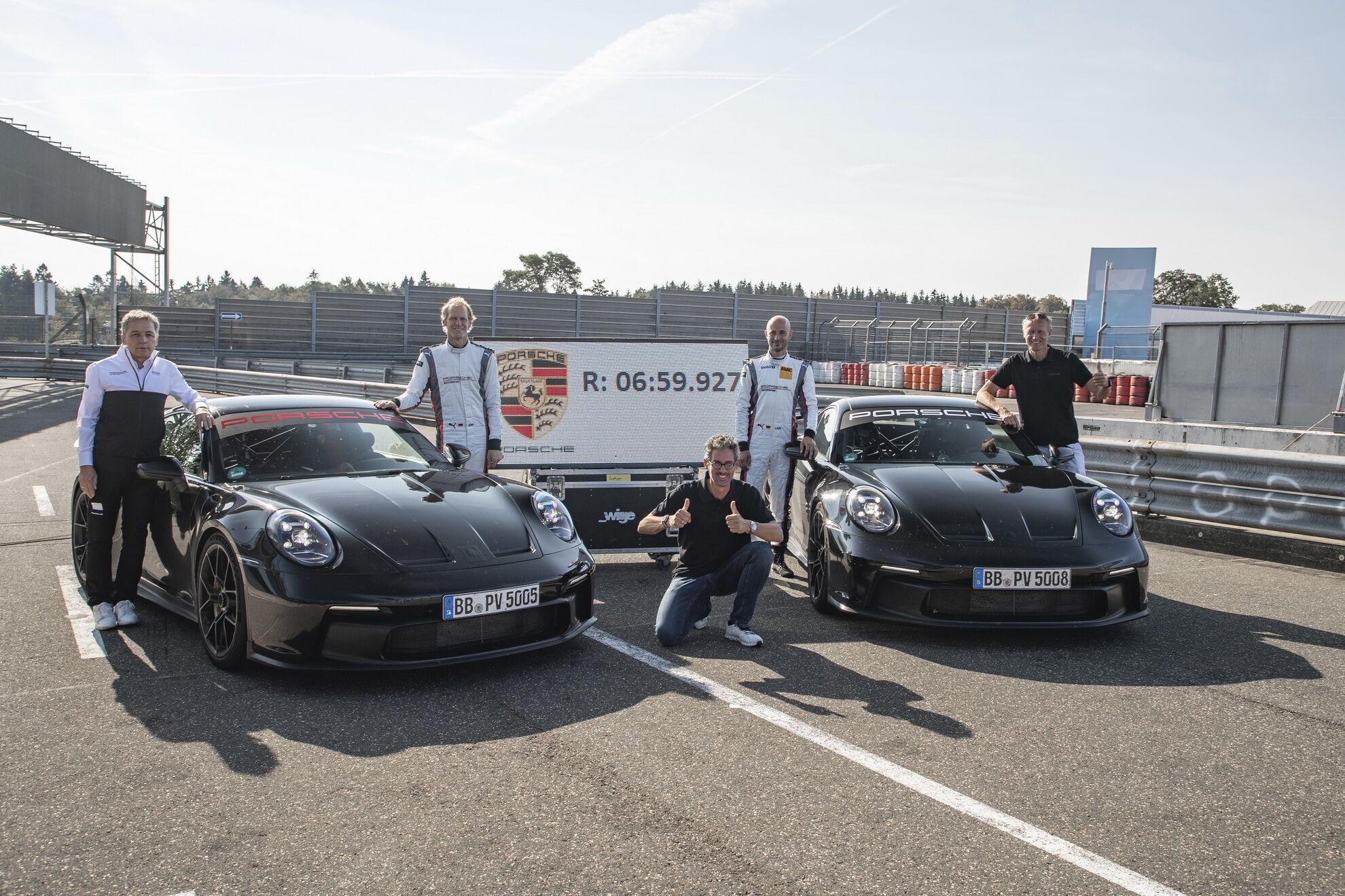 Дистанцию 20,8 км Porsche 911 GT3 преодолел за 6:59.927 минут, что на 17 секунд лучше показателя предшественника