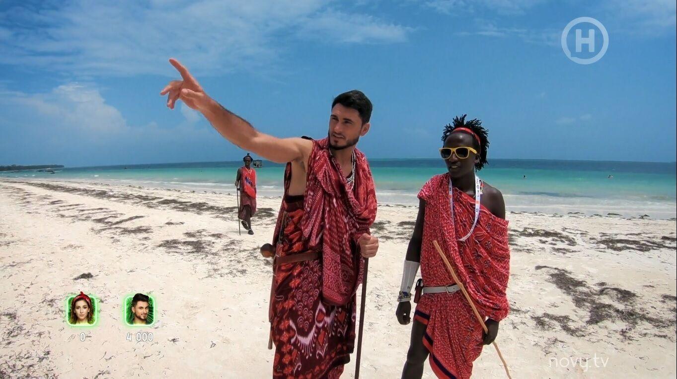 """Ведучий """"Нового каналу"""" бився один проти трьох африканців."""