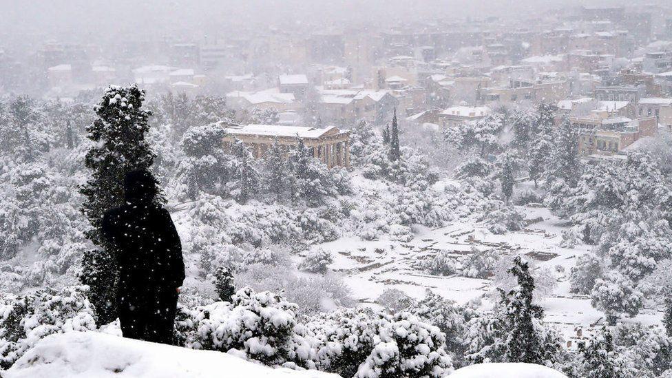Грецький Акрополь, покритий снігом