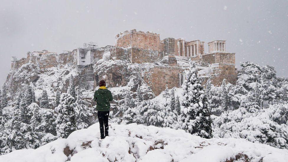 Сніг в Афінах