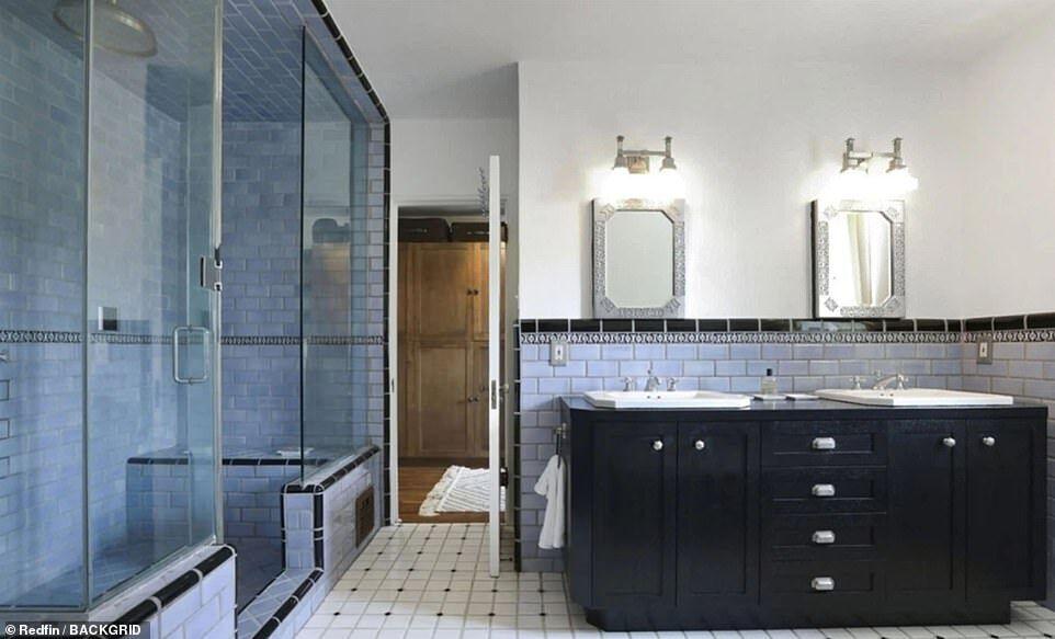 Ванная в доме Кристен Стюарт