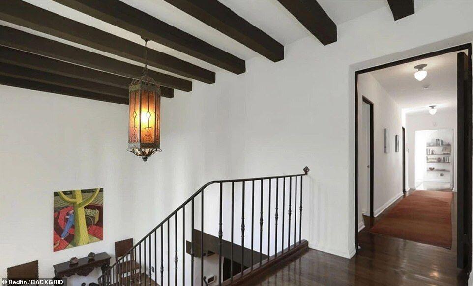 Лестница в доме Кристен Стюарт