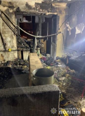 Мужчина нанес экс-сожительнице удары ножом и поджег ее квартиру
