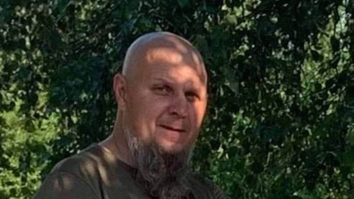 "Дмитрий Красногрудь (""Мир"")."